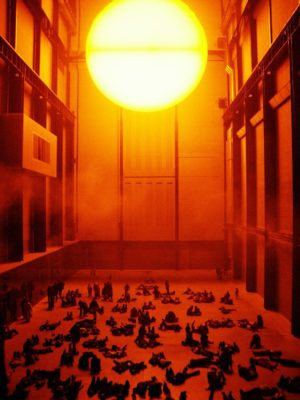 "Bild: Olafur Eliasson -- ""The Weather Project"""